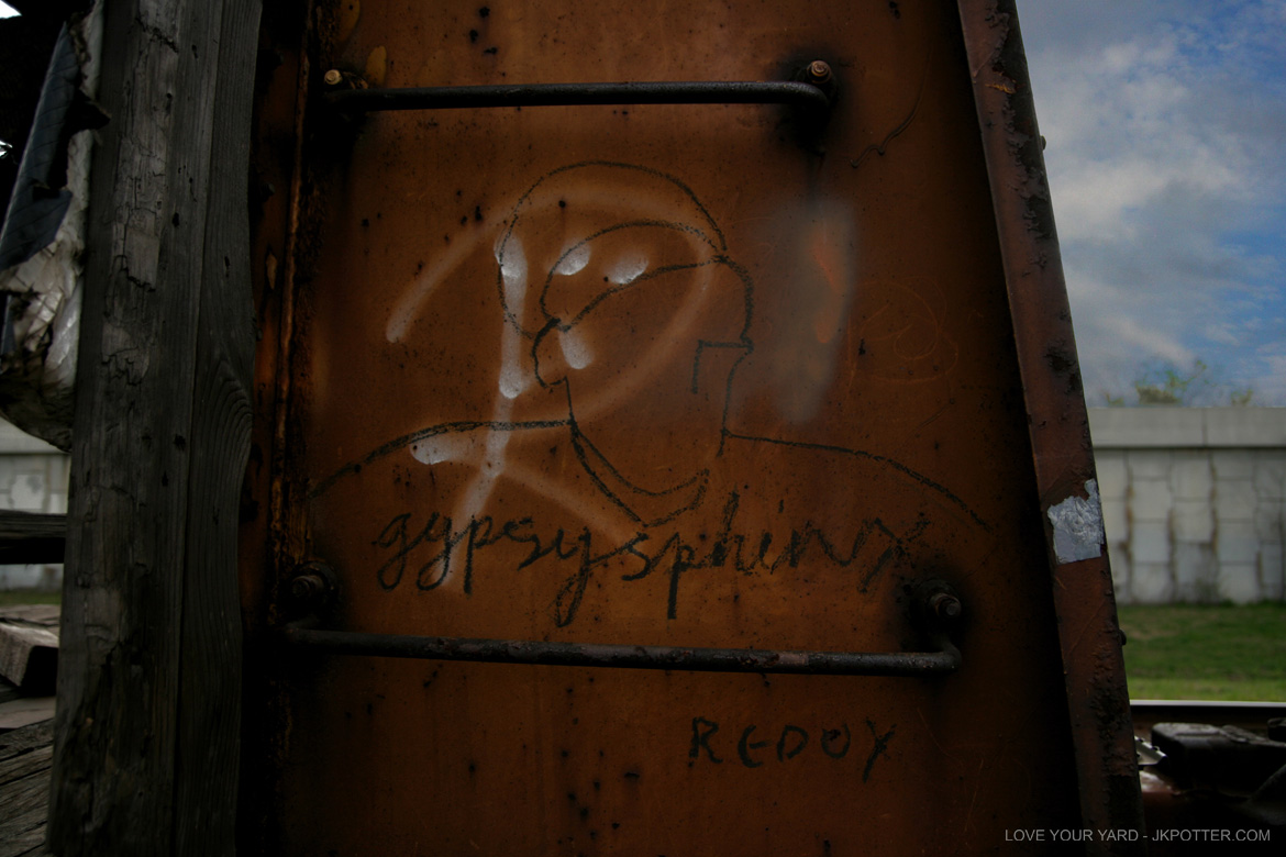 gypsy sphinx, colossus of roads, tags, graffiti, boxcar, train, boxcar tags, railroad graffiti, freight train graffiti, rail art, rail graffiti, boxcar, freight, moniker