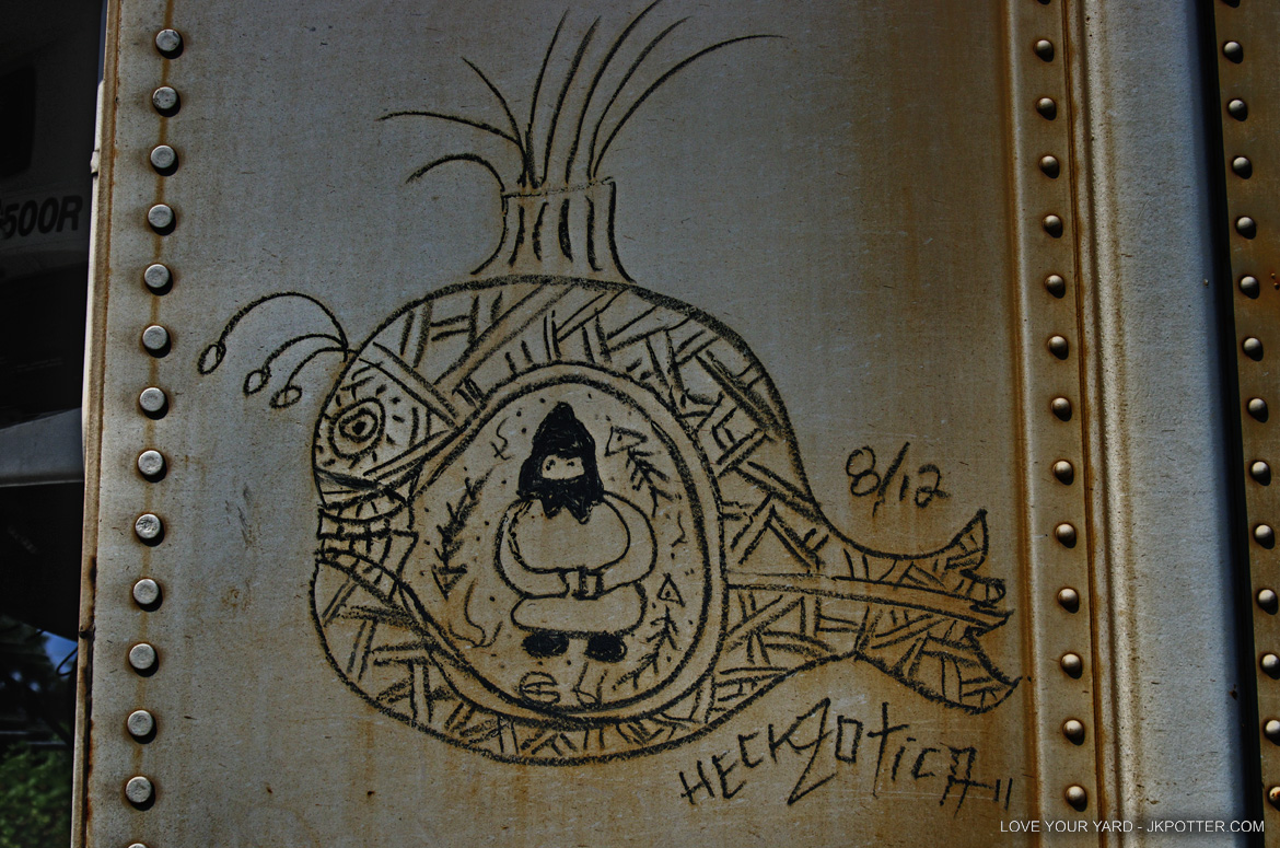 heckzotica, tags, graffiti, boxcar, train, boxcar tags, railroad graffiti, freight train graffiti, rail art, rail graffiti, boxcar, freight, moniker